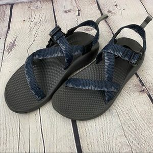 Chaco Navy Outdoor Sandal Size 6